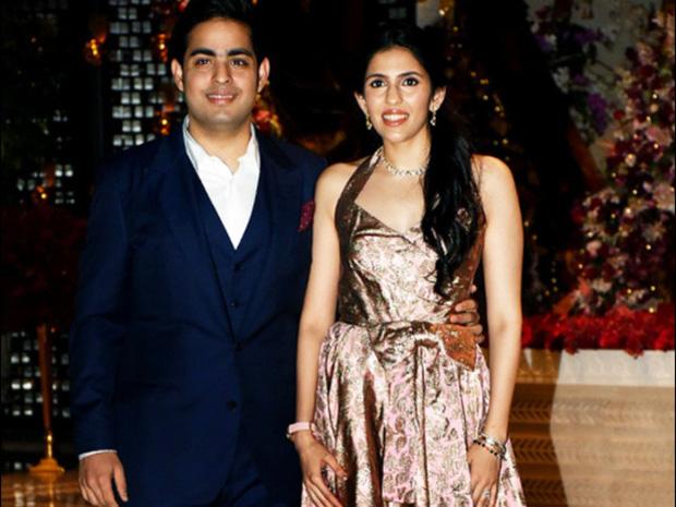 Con dâu tỷ phú giàu nhất châu Á: Gia thế không tầm thường, nên duyên từ năm 4 tuổi và mẹ chồng cưng chiều với quà cưới 1.000 tỷ đồng-6