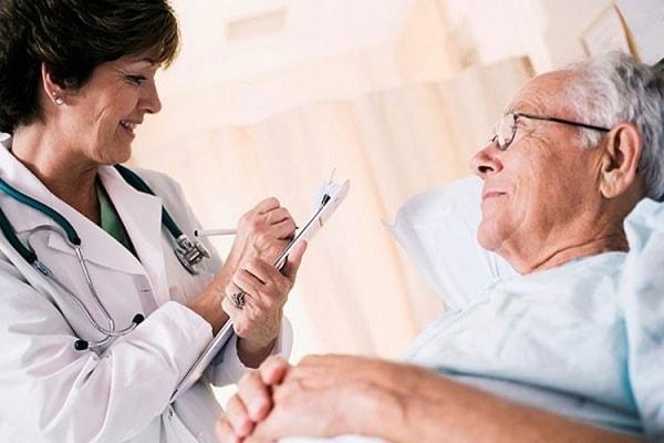 Điều trị bệnh ung thư da với bác sĩ