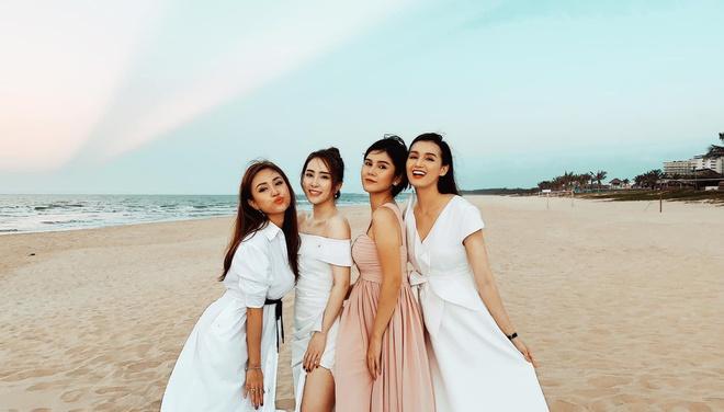 Nghệ sĩ Việt dự lễ cưới trên bờ biển của Phanh Lee-6