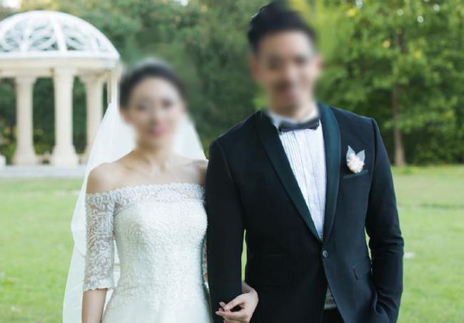 Vừa xong lễ ăn hỏi, cô dâu bất ngờ yêu cầu hủy hôn vì câu lỡ lời của chú rể trong lúc đi chọn nhẫn cưới-1