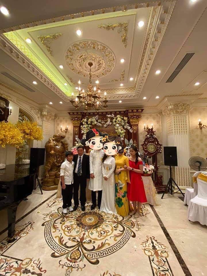 Choáng siêu đám cưới trong lâu đài dát vàng, rước dâu bằng Roll Royce ở Tuyên Quang-3