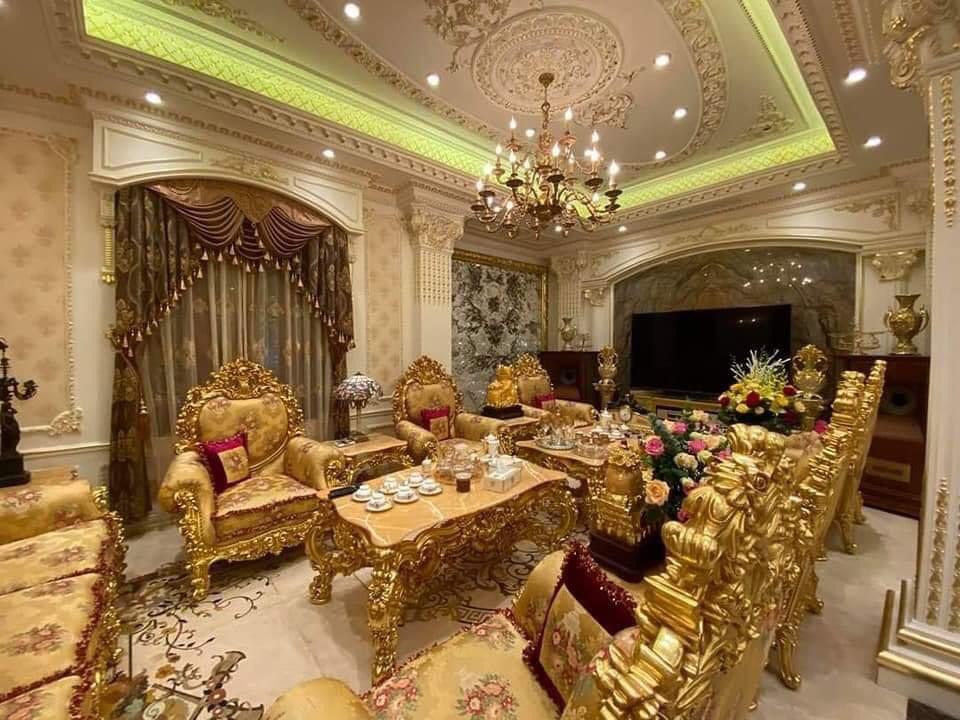 Choáng siêu đám cưới trong lâu đài dát vàng, rước dâu bằng Roll Royce ở Tuyên Quang-5
