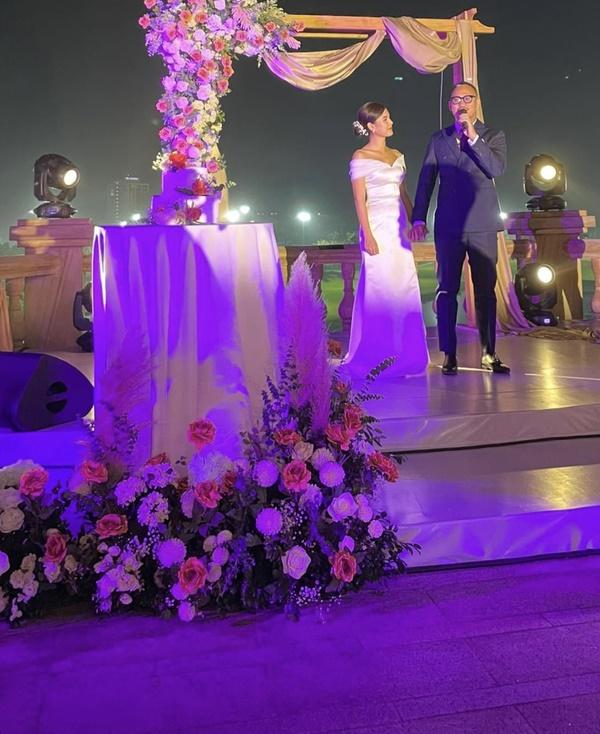 Clip: MC Thu Hoài quẩy banh nóc trong đám cưới với ông xã doanh nhân-2