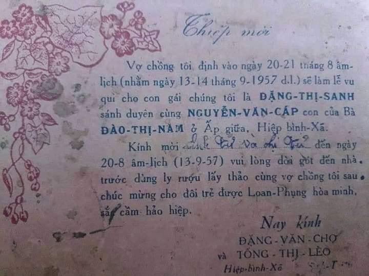 Lục được thiệp cưới thời ông bà những năm trước 1960, dân tình thi nhau khoe như báu vật-1