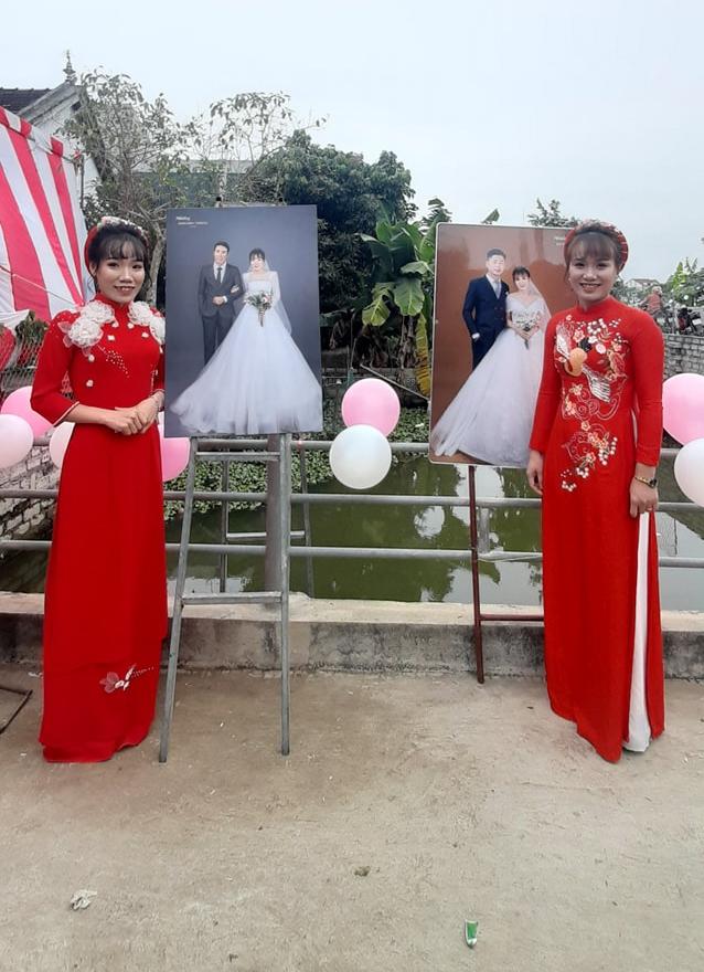 Đám cưới không sinh cùng ngày nhưng nguyện lấy chồng cùng giờ cặp chị em xứ Nghệ-2
