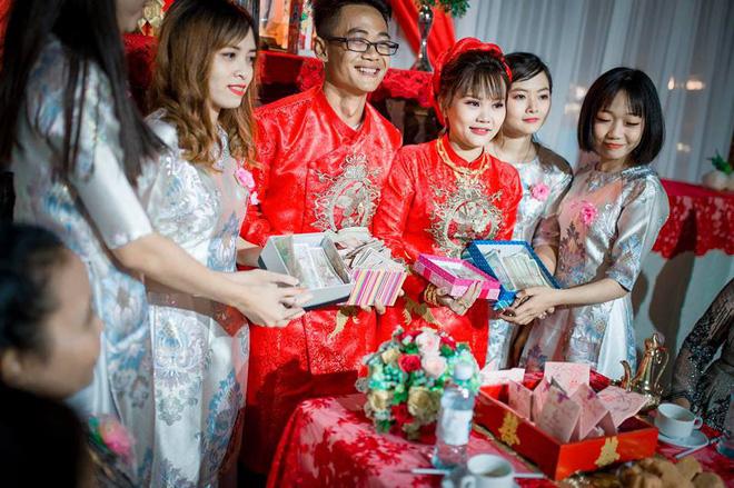 Cô dâu Quảng Ninh té ngửa với quà cưới có 1-0-2 từ hội bạn thân-7