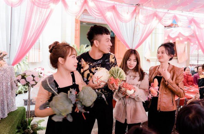 Cô dâu Quảng Ninh té ngửa với quà cưới có 1-0-2 từ hội bạn thân-1